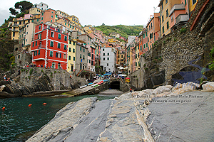 Riomaggiore, Cinque Terre, Italian Riveria, fishing village, harbor, antiquity,