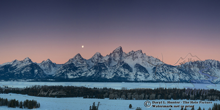Settin moon, sunrise, Glacier View, Teton Range, Grand Teton National Park, Jackson Hole, wyoming
